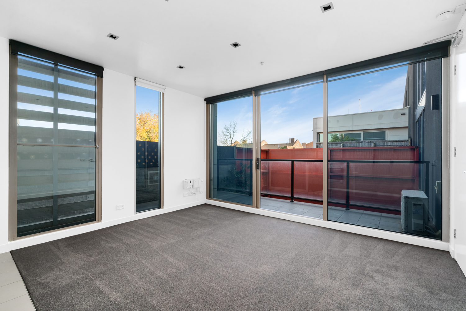211-264-drummond-street-carlton-student-accommodation-Melbourne-Living-Area-Unilodgers