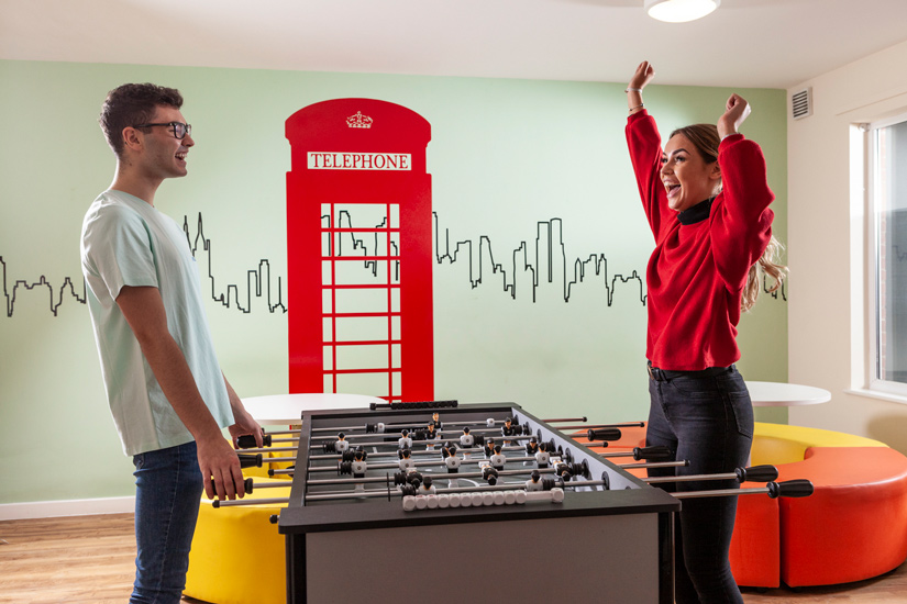Metchley-Hall-Birmingham-Games-Room-Unilodgers