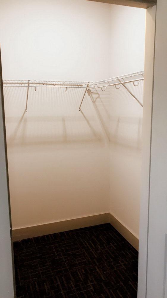 1820-At-Centennial-Raleigh-NC-Closets-Unilodgers