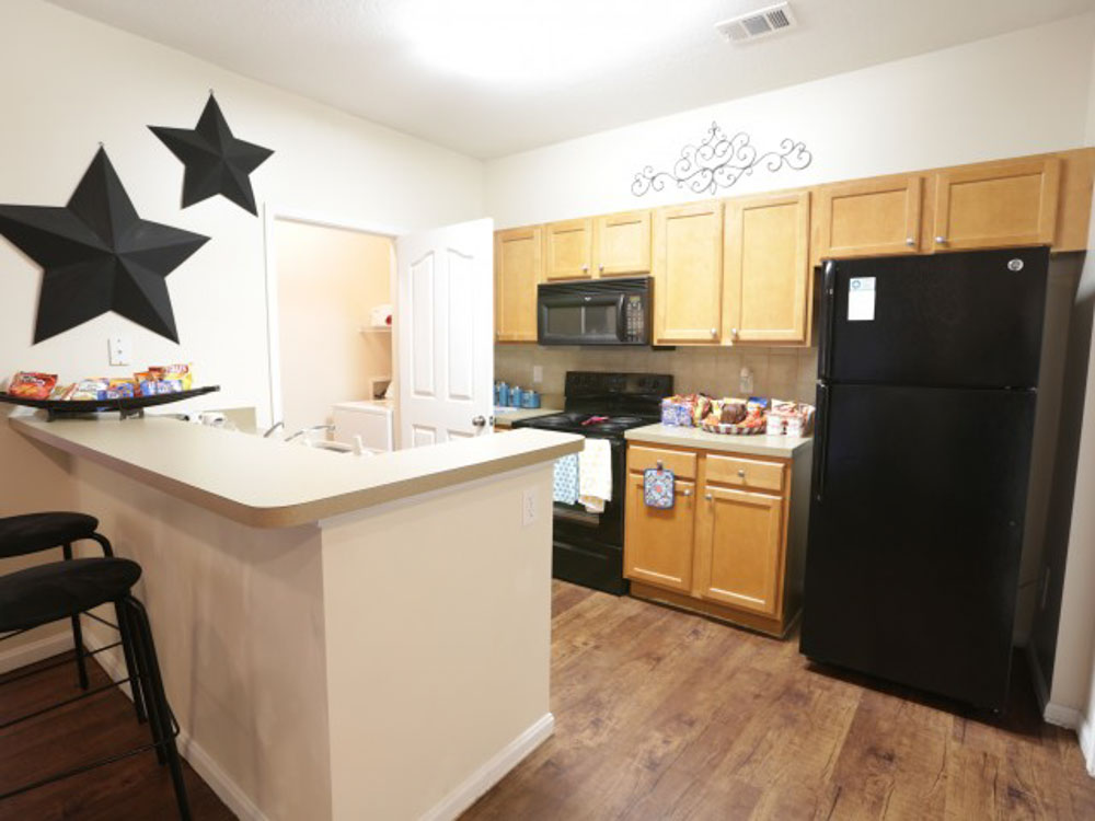 21-Apartments-Starkville-MS-Kitchen-Unilodgers
