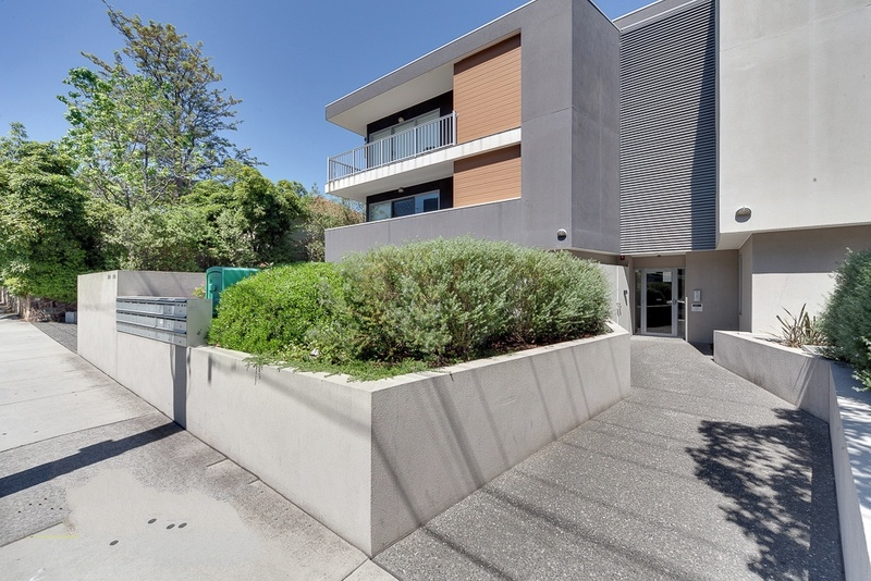 224BurwoodHighwayBurwood-Mebourne-Building-Unilodgers