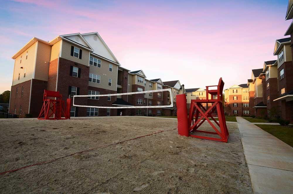 2909-Oliver-Wichita-KS-Volleyball-Court-Unilodgers