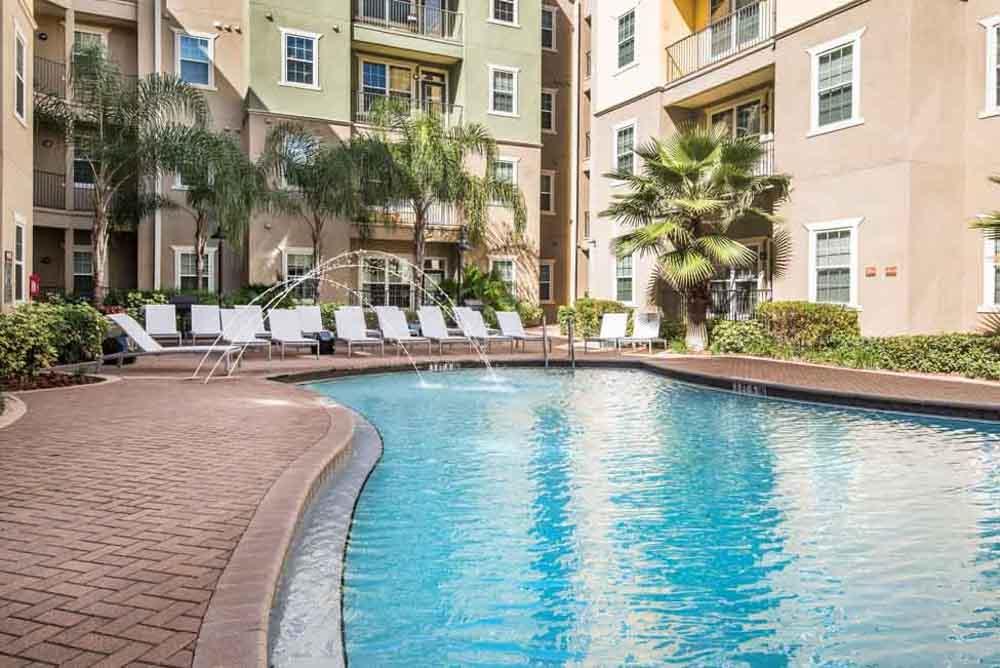 4050-Lofts-Tampa-FL-Swimming-Pool-Unilodgers