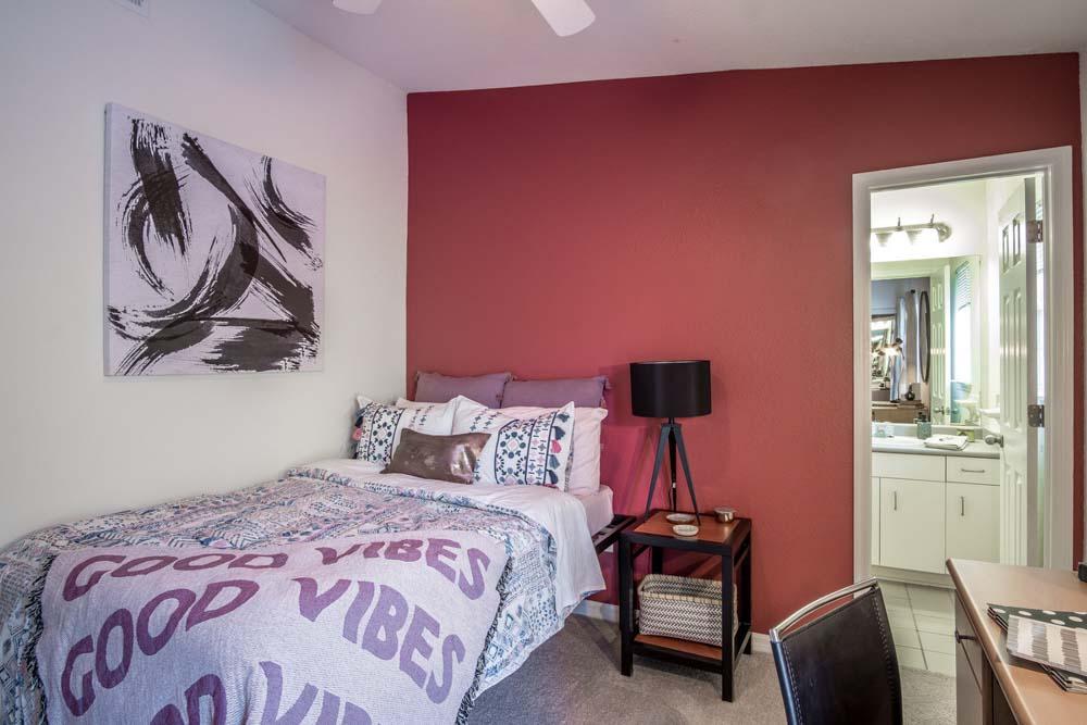 49-North-Charlotte-NC-Bedroom-3-Unilodgers
