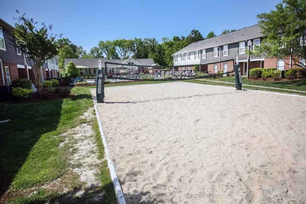 49-North-Charlotte-NC-Volleyball-Court-Unilodgers
