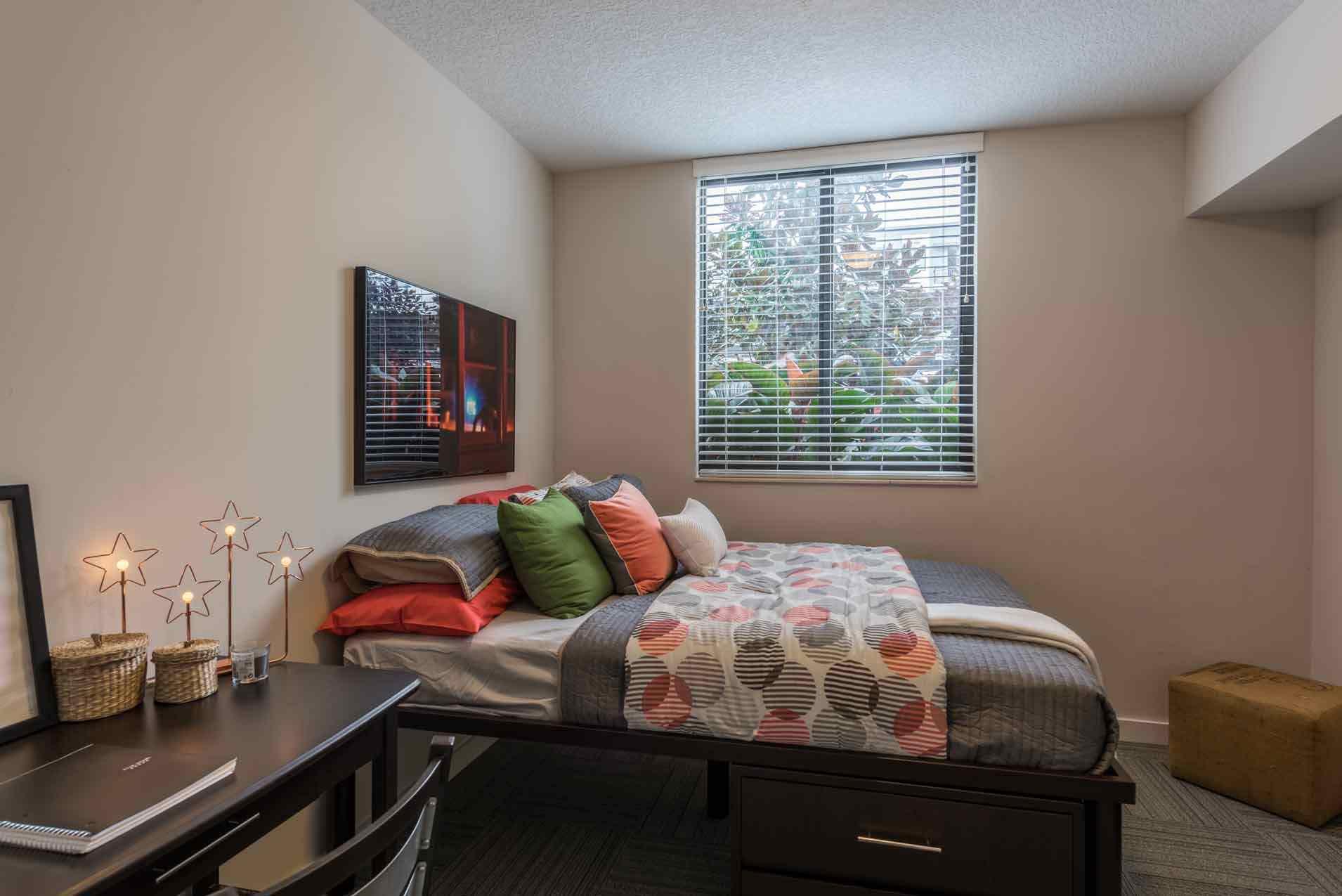 4th-Street-Commons-Miami-Bedroom2-Unilodgers