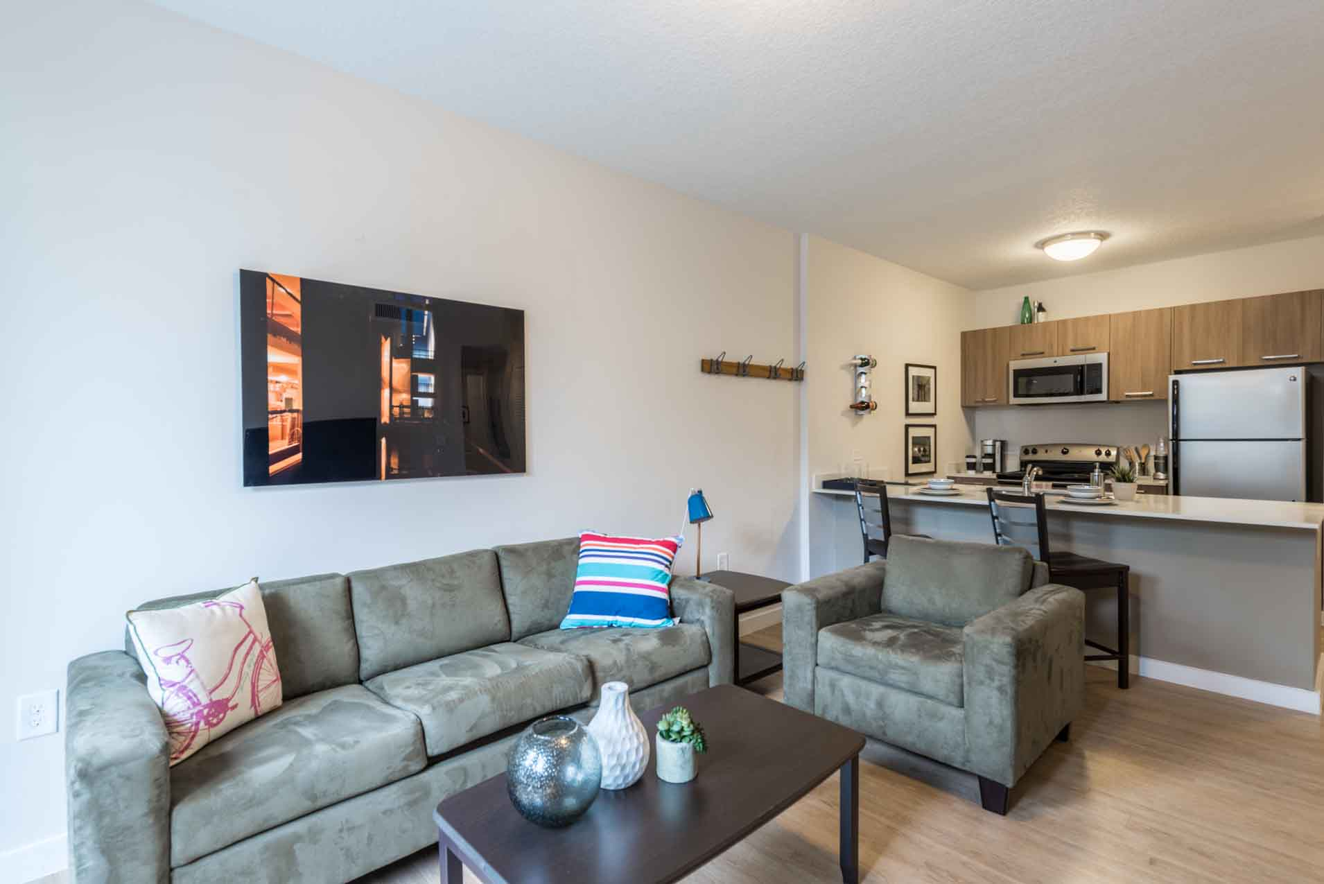 4th-Street-Commons-Miami-Living-Room2-Unilodgers