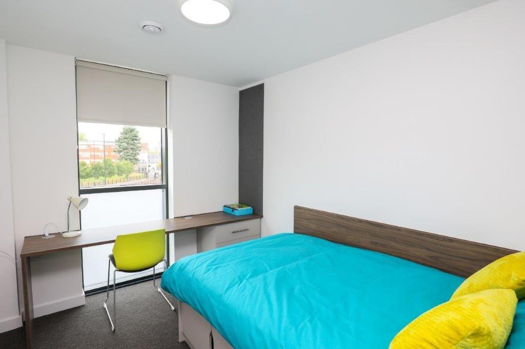 54 George Road-Birmingham-Bedroom-Unilodgers