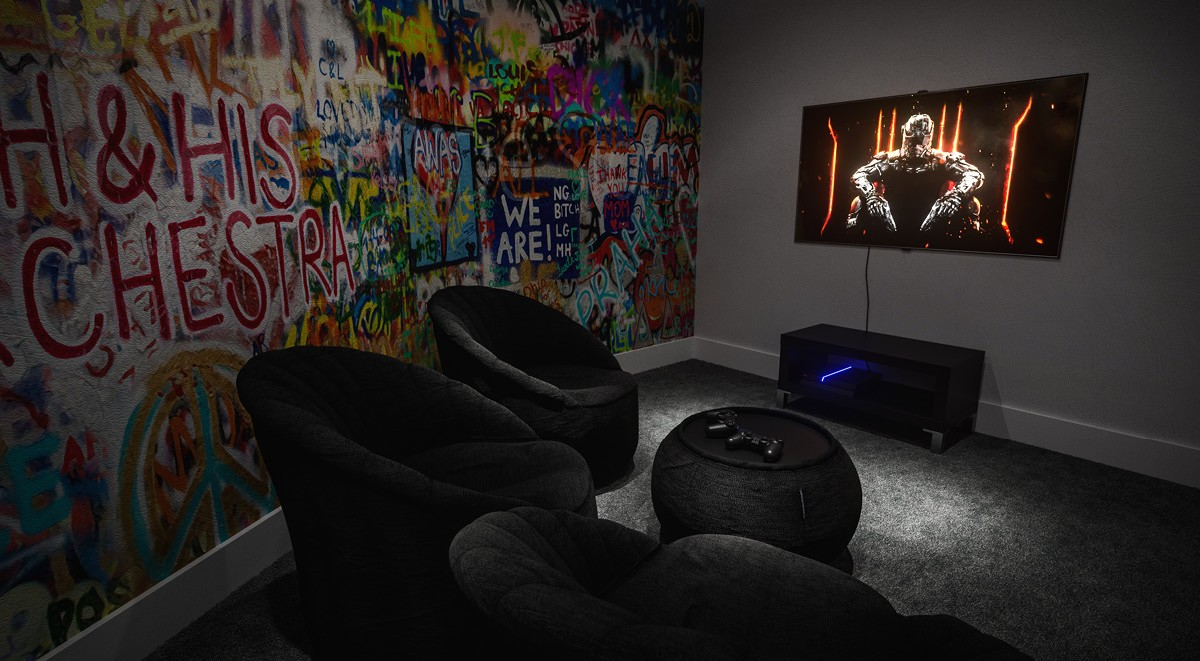 88-Bromsgrove-House-Birmingham-Games-Room-Unilodgers-1495695897