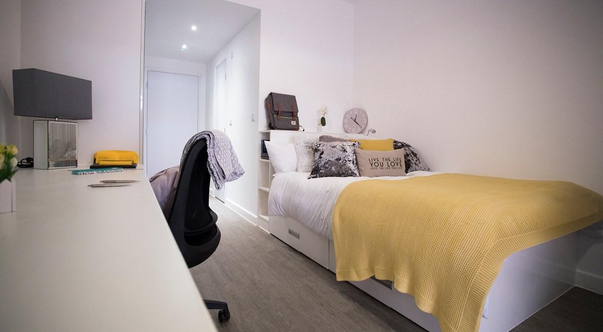 88-Bromsgrove-House-Birmingham-Studio-2-Unilodgers-1495694770
