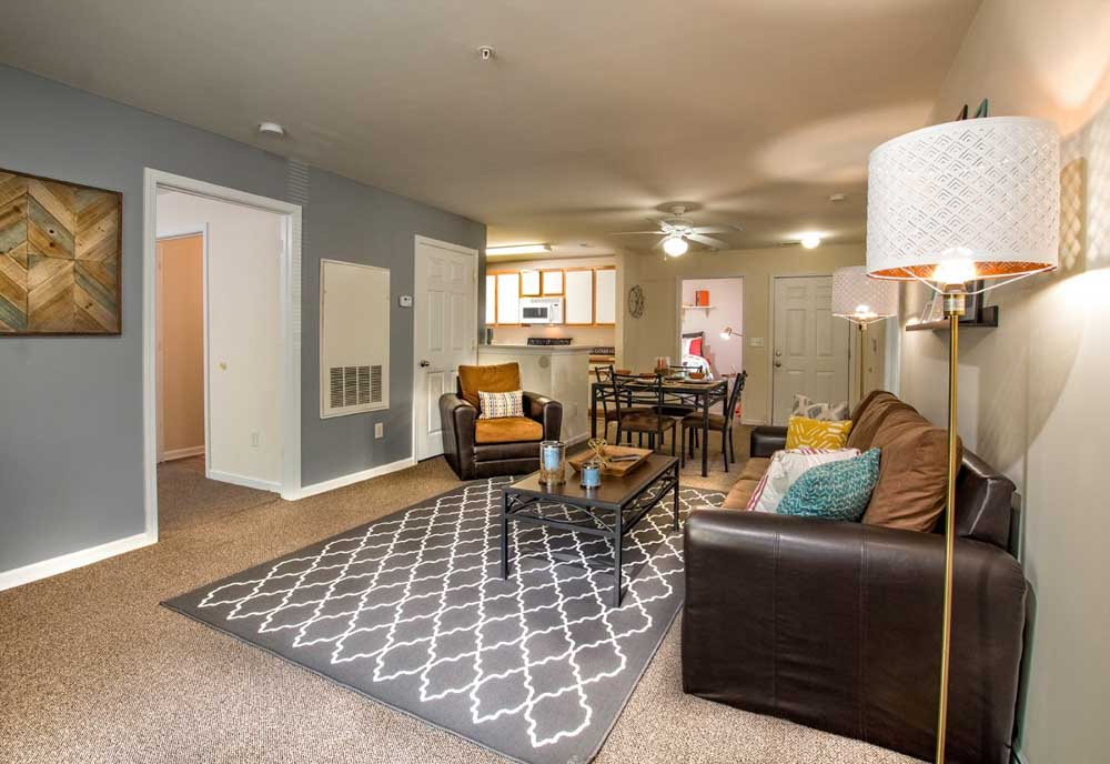901-Place-Charlotte-NC-Living-Area-Unilodgers
