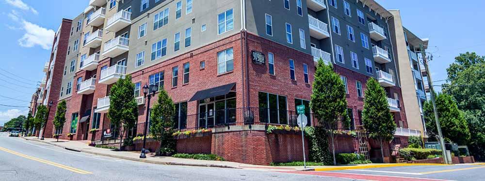 909 Broad Street-Athens-GA-Exterior-Unilodgers