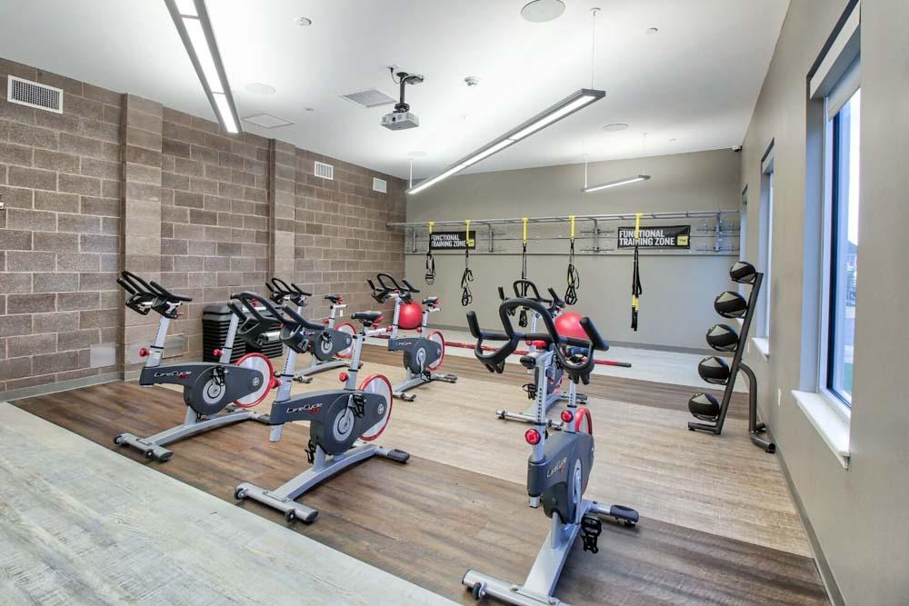 AXIS-360-Buffalo-NY-Gym-Unilodgers