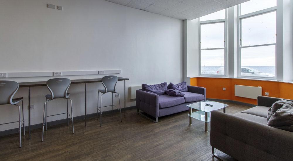Alexandra-Hall-Aberystwyth-Lounge Area-Unilodgers