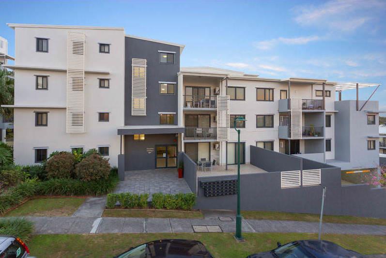 Altitude-Taringa-Brisbane-Exterior-View-Unilodgers