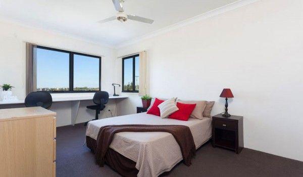 AltitudeTaringa-Brisbane-Bedroom-2-Unilodgers