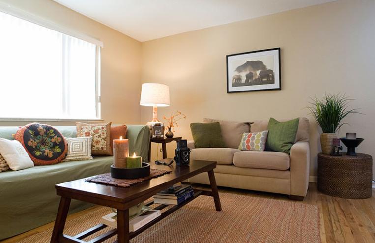 Aperture-Denver-CO-Living-Room-Unilodgers