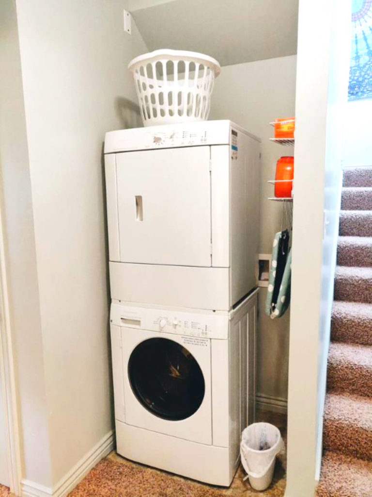 Apple-Tree-Cove-Logan-UT-Washer-And-Dryer-_Unilodgers