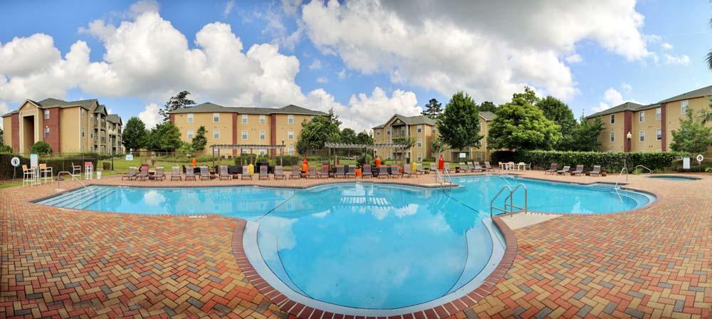 Aqua-Palms-Tallahassee-FL-Swimming-Pool-Unilodgers