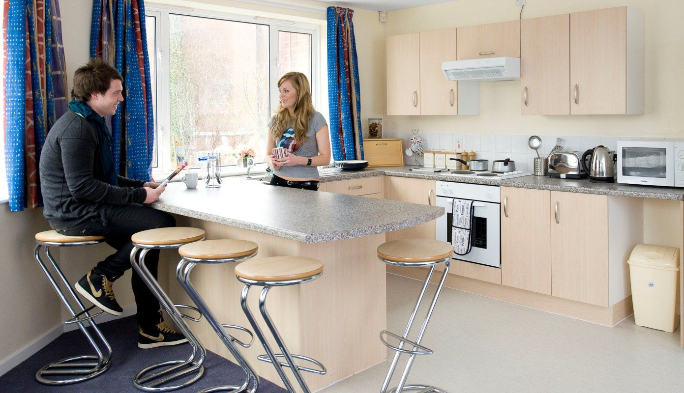 Arrad-House-Liverpool-Shared-Living-Area-1-Unilodgers