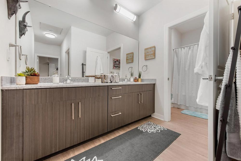 Aspire-at-Discovery-Park-West-Lafayette-In-Bathroom-Unilodgers