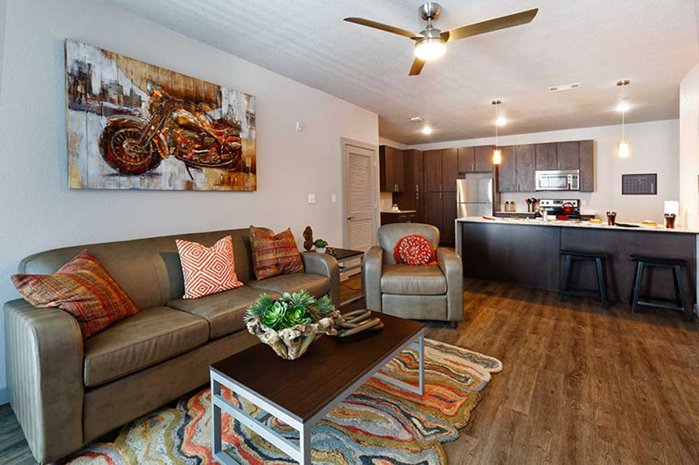 Atmosphere-Fayetteville-AR-Living-Area-Unilodgers