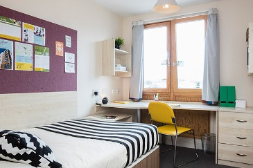 Beaumont-Court-London-Bedroom-Unilodgers