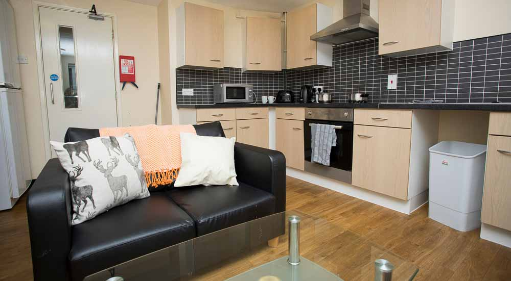 Ben-Russell-Court-Leicester-Shared-Kitchen-Unilodgers