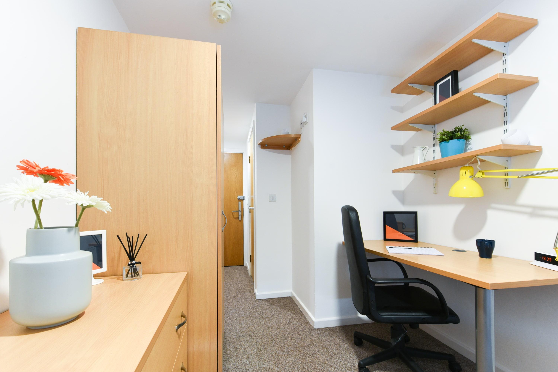 Bolsover-House-Sheffield-2-Bedroom-2-Unilodgers