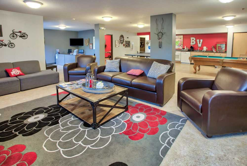 Buckeye-Village-Mansfield-OH-Common-Room-Unilodgers