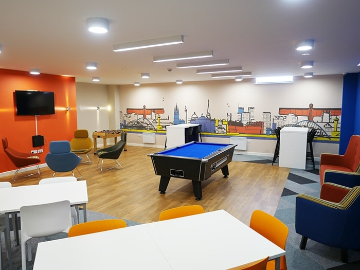 Burgess-House-Newcastle-Games-Room-1-Unilodgers