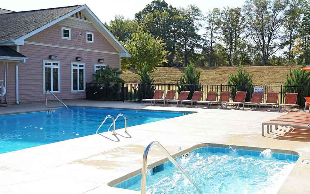 CEV-Upstate-Spartanburg-SC-Swimming-Pool-Unilodgers