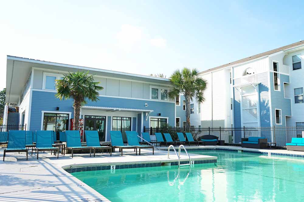 CEV-Wilmington-NC-Swimming-Pool-Unilodgers