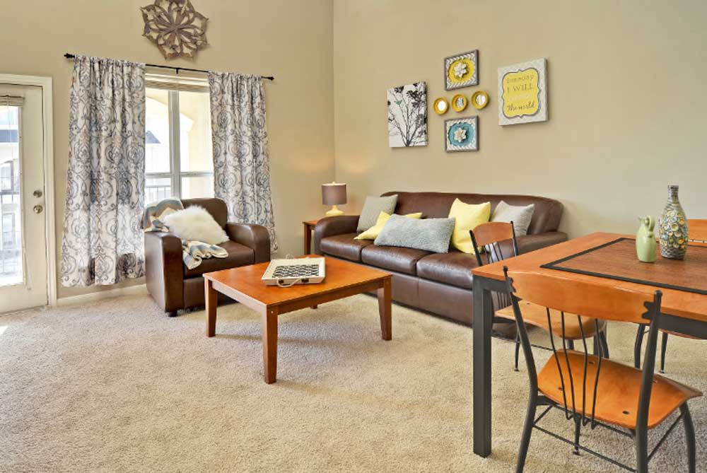 Cambridge-@-Southern-The-Palms-Statesboro-GA-Living-Area-With-Dining-Table-Unilodgers