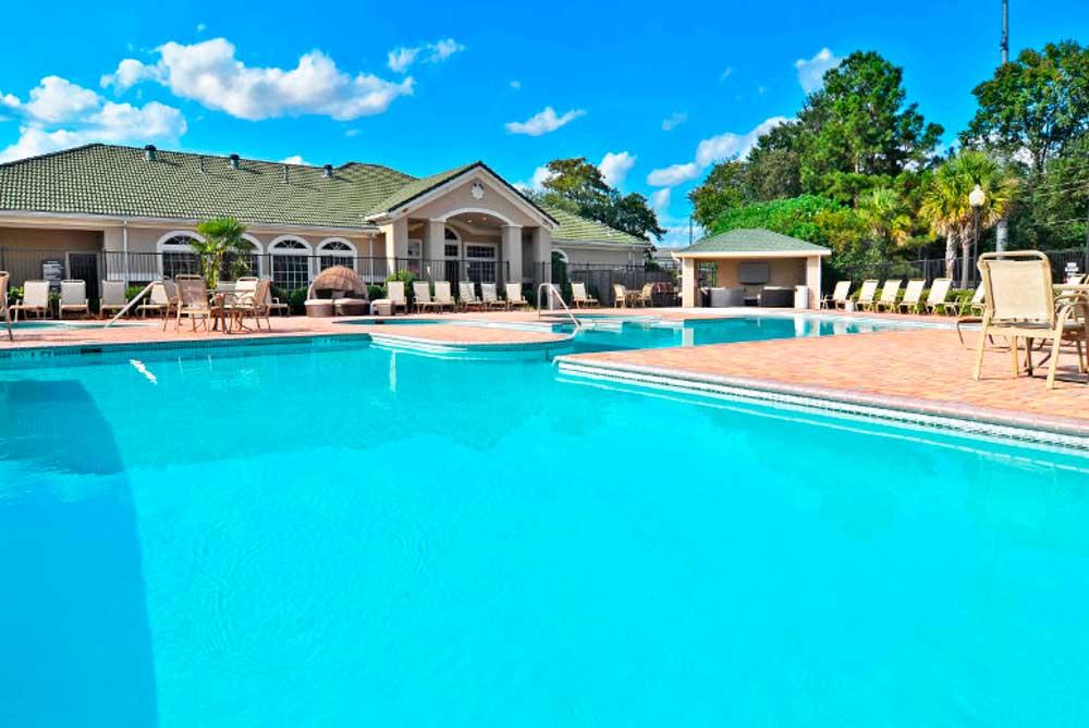 Cambridge-@-Southern-The-Palms-Statesboro-GA-Swimming-Pool-2-Unilodgers