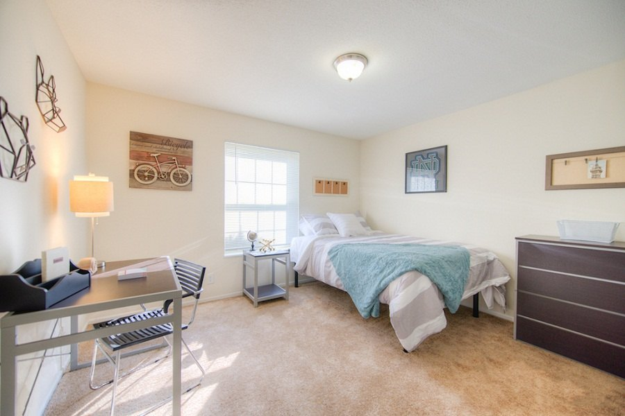 Campus-Court-South-Bend-IN-Bedroom-Unilodgers