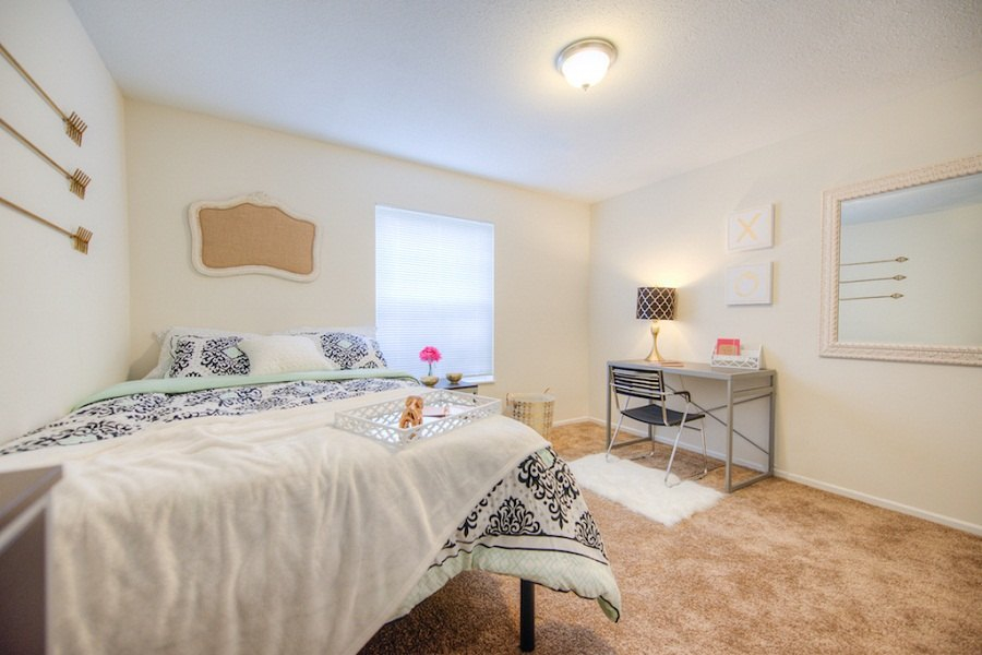 Campus-Court-South-Bend-IN-Bedroom2-Unilodgers