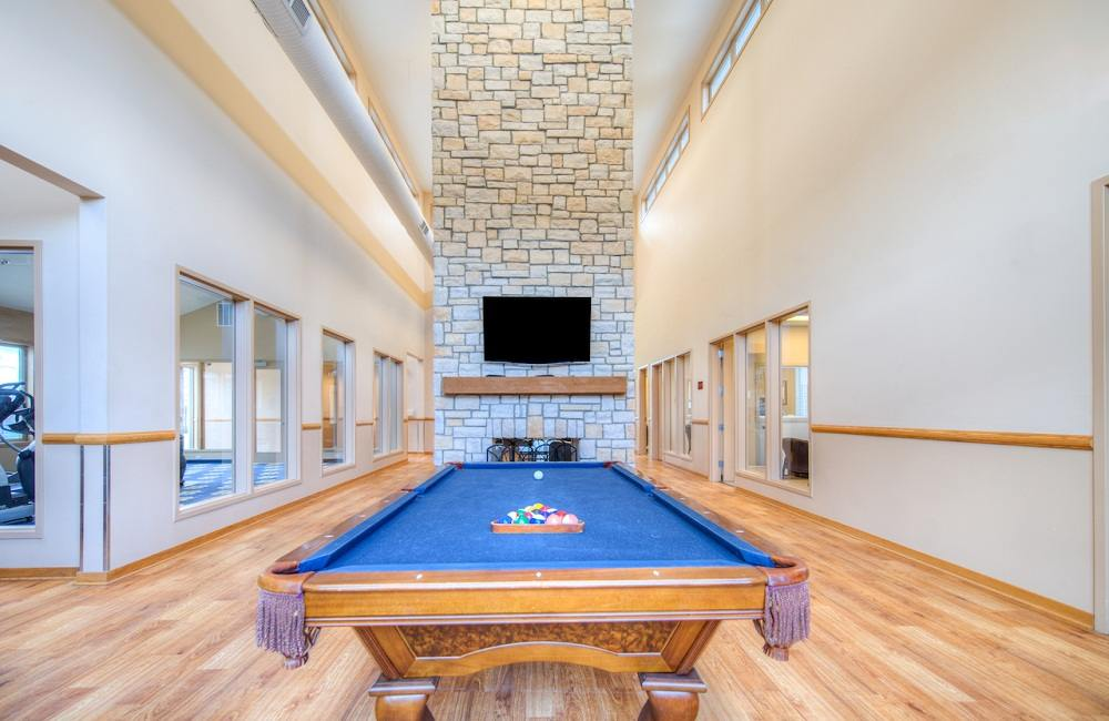 Campus-Court-South-Bend-IN-Game-Room2-Unilodgers