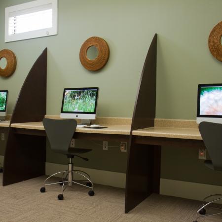 Campus-Quarters-At-Corpus-Christi-TX-Computer-Center-Unilodgers