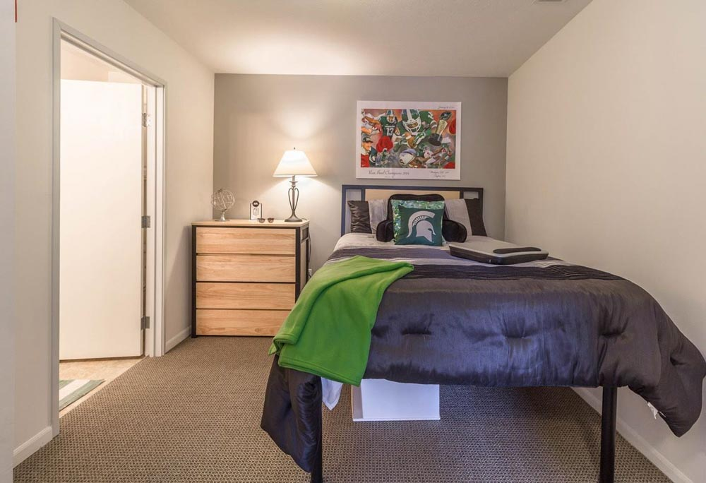 Campus-Village-East-Lansing-MI-Bedroom-Unilodgers