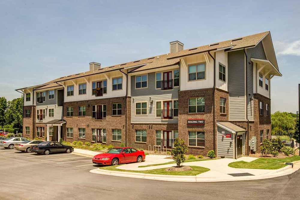 Campus-West-At-Tryon-Raleigh-NC-Exterior-With-Car-Parking-Unilodgers