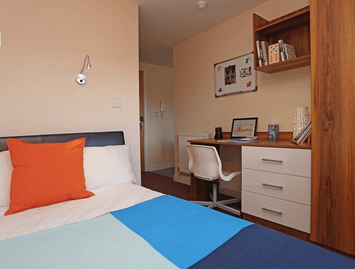 Canterbury-Student-Village-Canterbury-7-Bed-Apartment-Unilodgers-1500634660