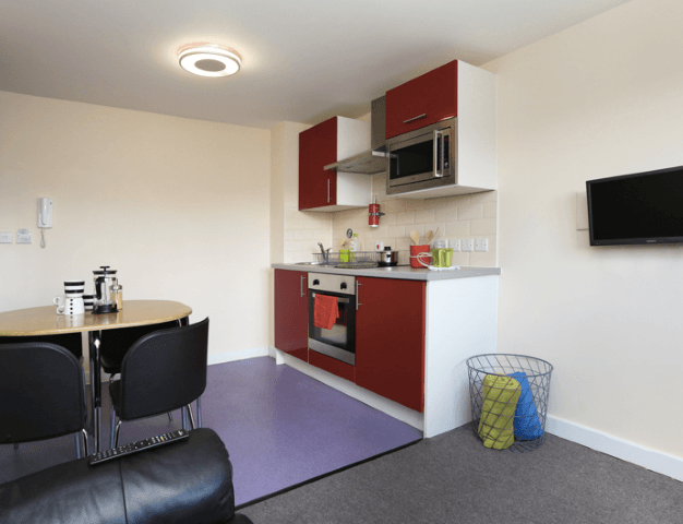 Canterbury_Student_Village-Canterbury-Bedroom-Unilodgers-15006341681