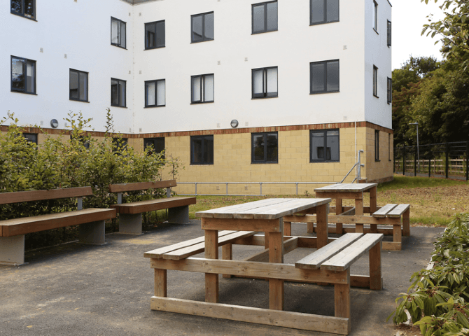 Canterbury_Student_Village-Canterbury-Outdoor-Courtyard-Unilodgers-1500634423