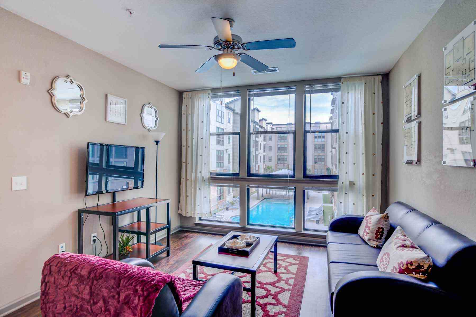 Catalyst-Tallahassee-Living-Room-Unilodgers