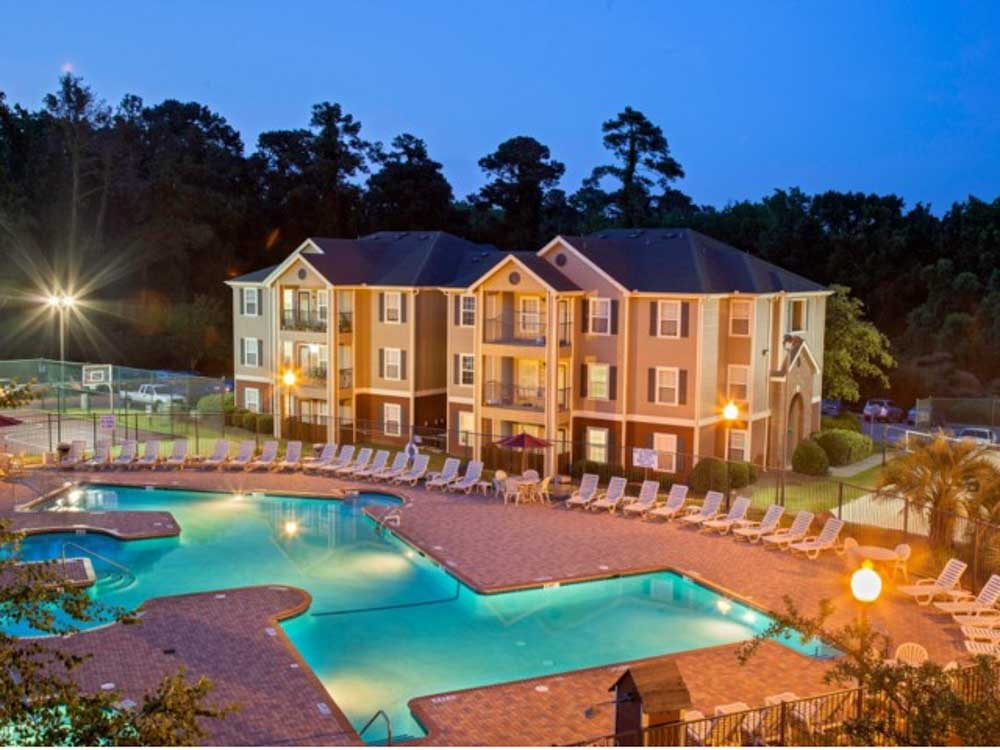 Cayce Cove-Cayce-SC-Building-Unilodgers