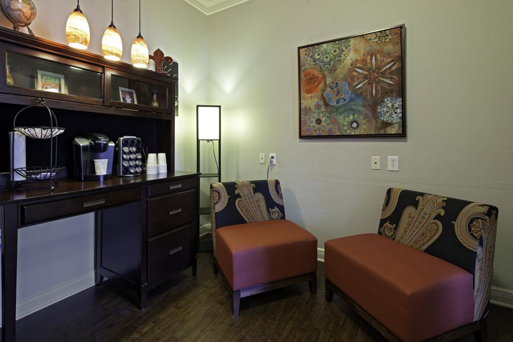 Cayce Cove-Cayce-SC-Living Room-Unilodgers
