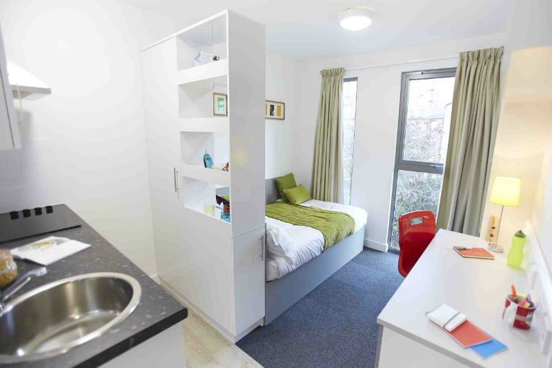 IQ-Century-sheffield-bedroom-1-unilodgers