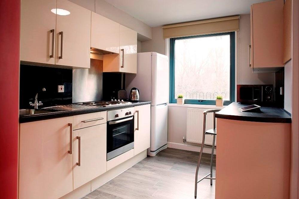 Chapter-Islington-London-Gold-Studio-Kitchen-Unilodgers