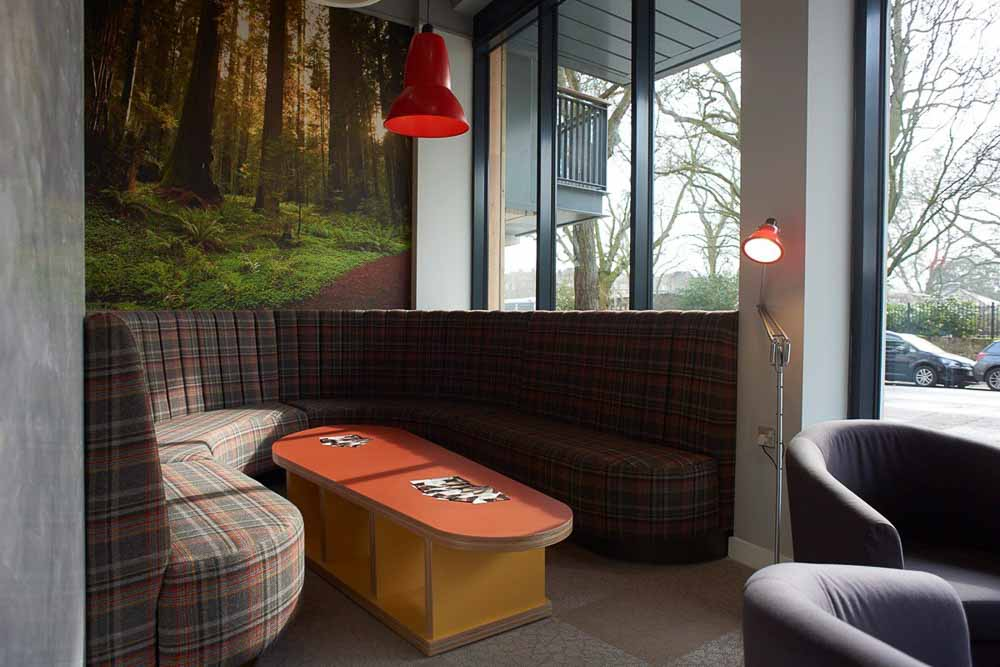 Chapter-Islington-London-Seating-Area-1-Unilodgers